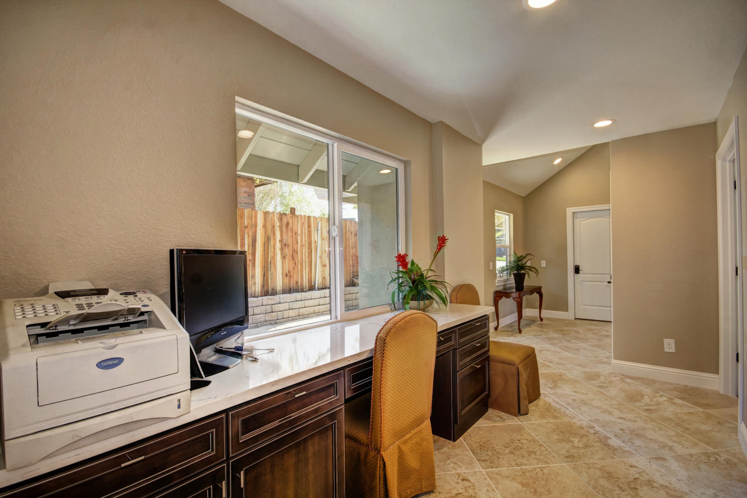 1105 Nob Hill Ct Roseville CA-large-017-17-17-1500x1000-72dpi