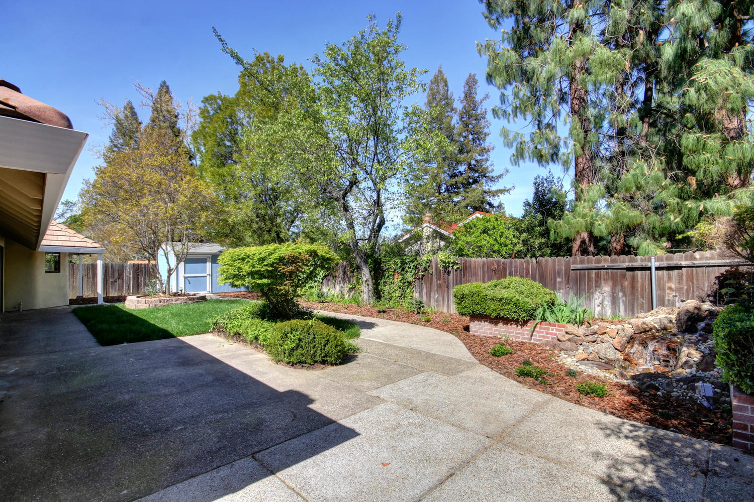 1105 Nob Hill Ct Roseville CA-large-038-39-38-1500x1000-72dpi
